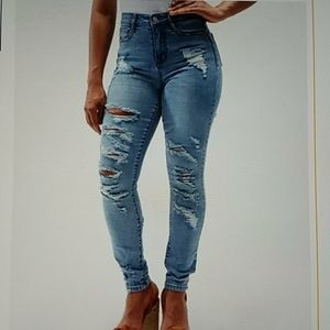 Junior's skinny jeans